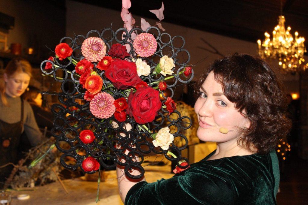 Karianne er blomsterdekoratør